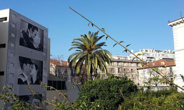 Film ist in Cannes überall, etwa in Form von Wandbildern.