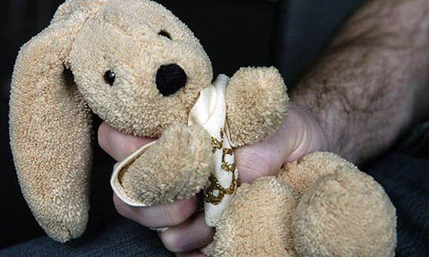 Russland erlaubt Kastration Kinderschaendern