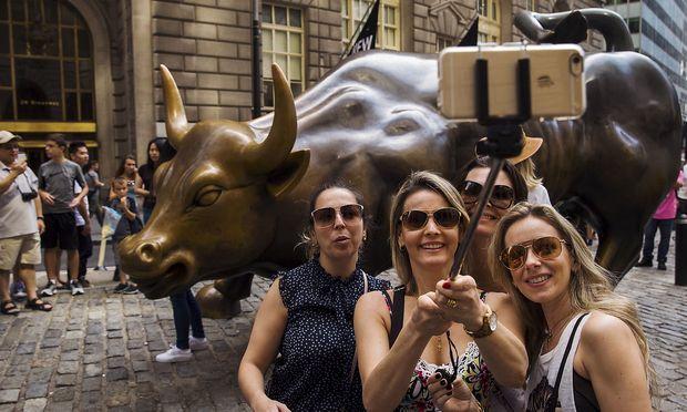 Archivbild. Heitere Gesichter gab es am Mittwoch eher nur vor der Börse in New York.