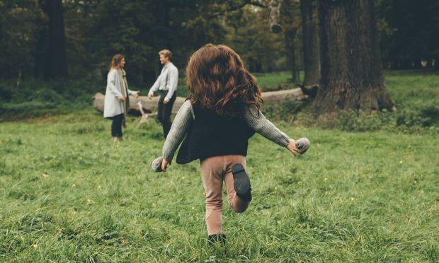 Nicht mehr alles eitel Wonne: Nicht nur Kinder leiden unter einer Scheidung, sondern auch die Eltern.