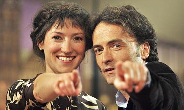 Charlotte Roche lässt Co-Moderator Giovanni di Lorenzo allein