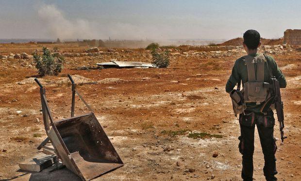 Ein Kämpfer der mit Ankara verbündeten Nationalen Befreiungsfront.