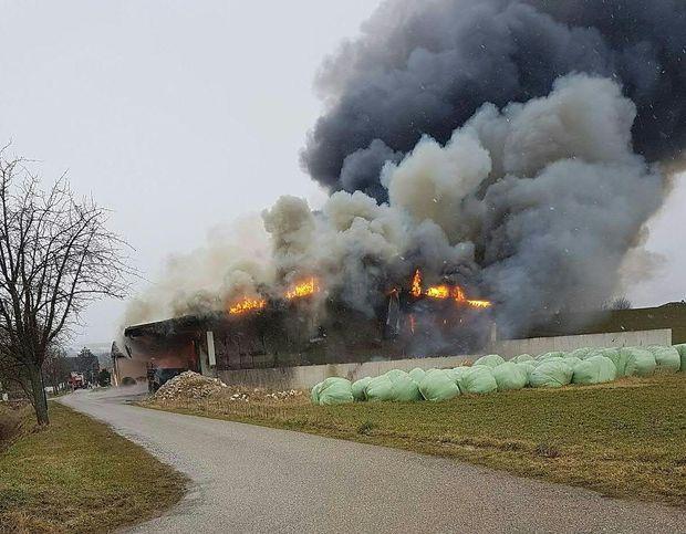 Großbrand in Obergänserndorf