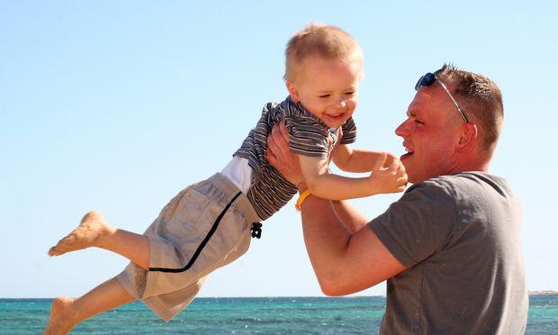 Vater mit Sohn