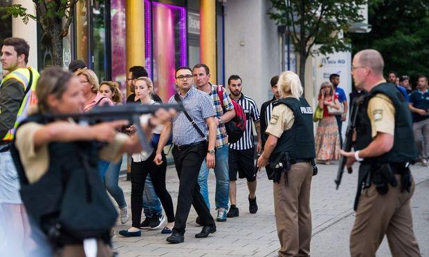 Die Polizei im Einsatz in München.