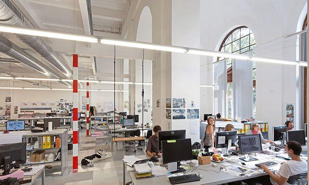 Das offene Büro regt die Kreativität der Mitarbeiter an