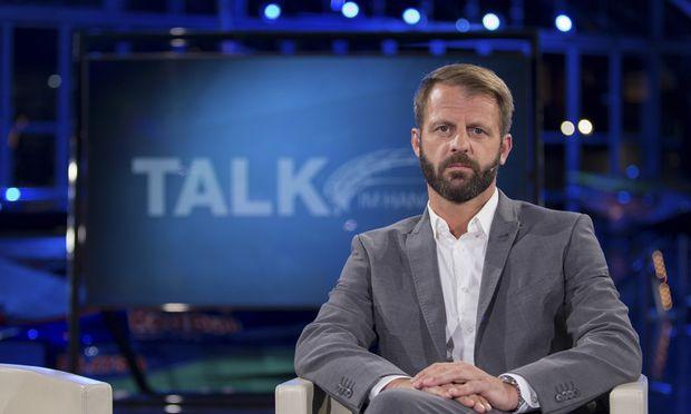 Michael Fleischhacker, Moderator beim Talk im Hangar-7