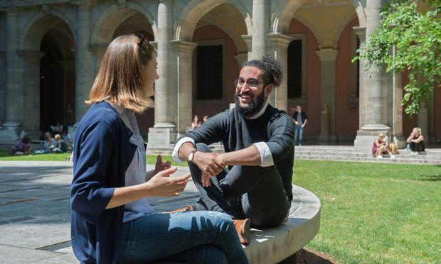 Internationaler Austausch, ohne gleich ein ganzes Semester im Ausland zu verbringen − das ist einer der Vorzüge der Summer Schools an der Uni Wien.