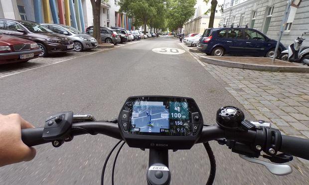 E-Bike mit Navi: ideal in der Stadt, wenn man nicht viel mit hat.