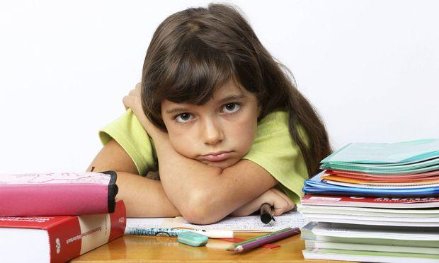 So manches Kind steht in der Schule an. Günstige Förderprogramme wollen hier helfen.