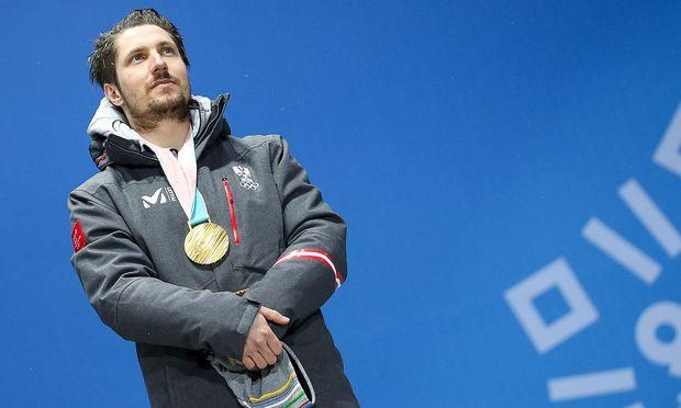 Marcel Hirscher mit der goldenen Medaille