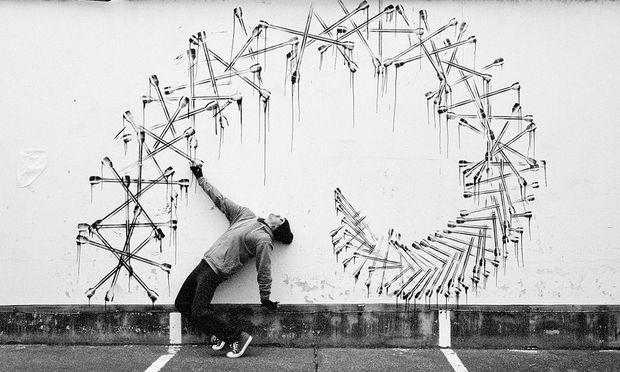 Realitätsnah. Robin Rhode greift in performativen Zeichnungen die Themen der Straße auf.