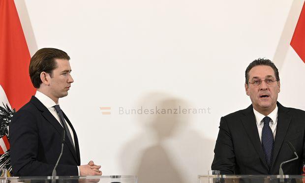 Bundeskanzler Sebastian Kurz (ÖVP) zeigte sich mit der Abgrenzung, die Vizekanzler Heinz-Christian Strache (FPÖ) versprach, zufrieden.