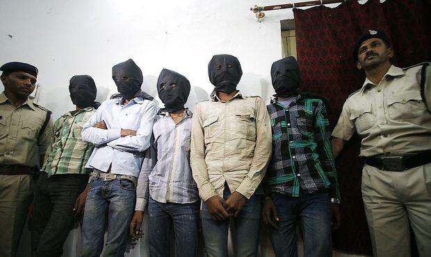 Fünf Verdächtige wurden nach der Vergeewaltigung der Schweizerin gefasst.