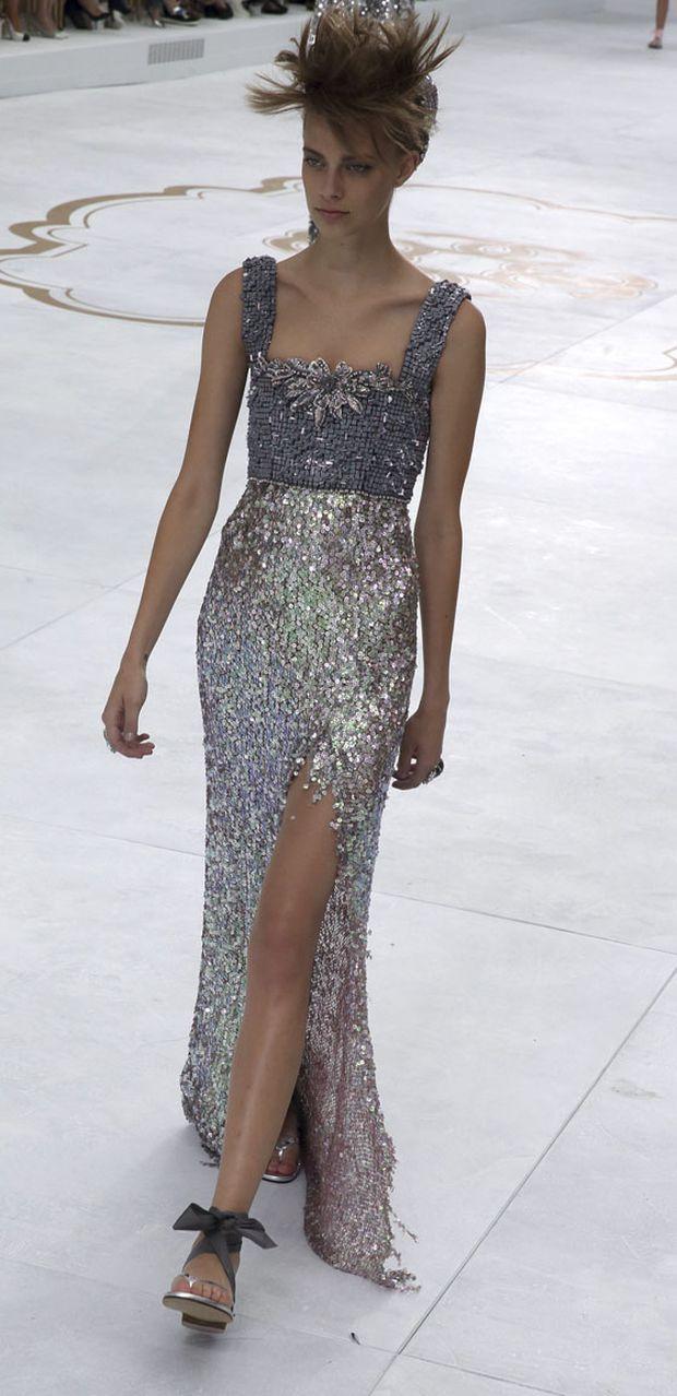 Haute couture size zero for Haute couture fashion house