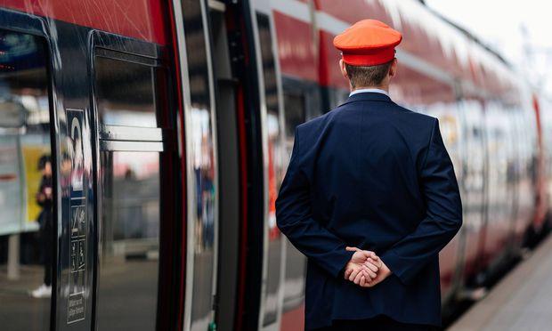 Bahn: Azubis brauchen bald kein Bewerbungsschreiben mehr