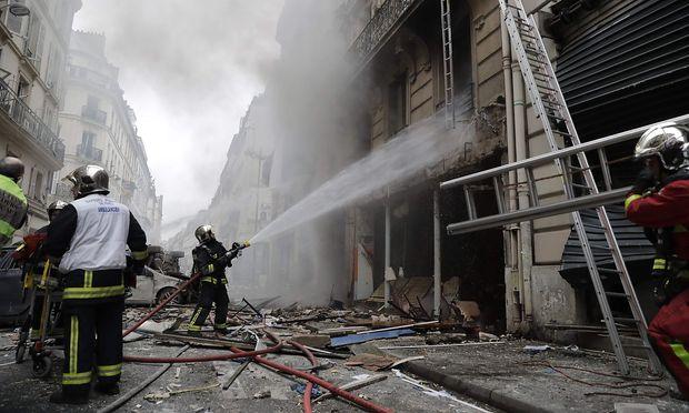 Verwüstung in der Pariser Innenstadt.