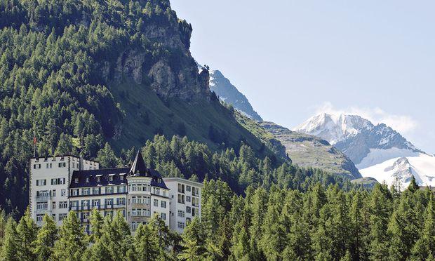 Legende in den Schweizer Bergen: Waldhaus Sils im Oberengadin.