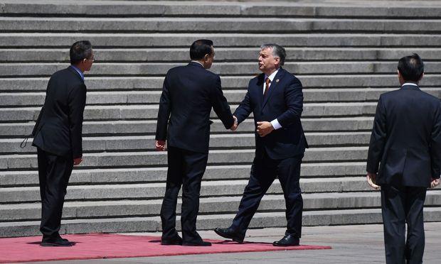 """Viktor Orb´an kritisierte zuletzt bei einem Besuch in China das """"arrogante westliche Modell"""" der EU."""