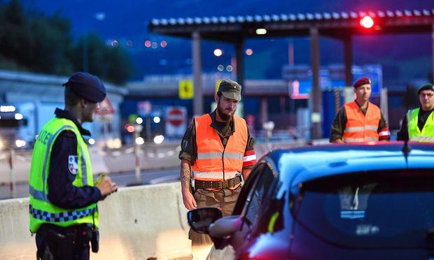 Wegen drohender Gefahr aus Deutschland: Dänemark verlängert Grenzkontrollen