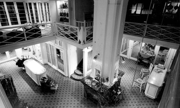 Vergangene Tage.  So sah das Stammhaus am Trattnerhof früher aus.
