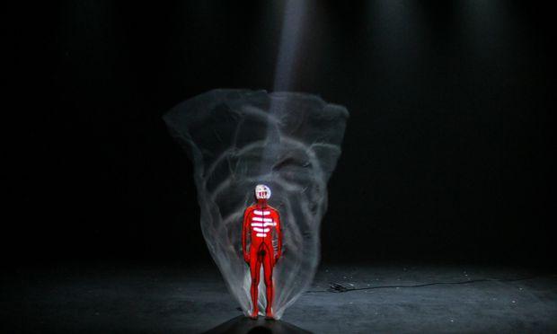"""Mit wörtlich """"Nichts"""" (""""Néant/Void"""") kommt St. Pierre am 12. Juli ans Wiener Odeon Theater. Vielen Veranstaltern ist der 44-Jährige zu gewagt."""
