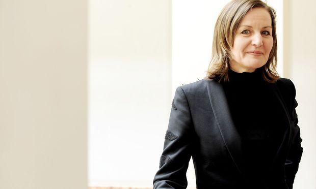 Sabine Breitwieser setzte in Salzburg einen Schwerpunkt auf feministische, performative Kunst.