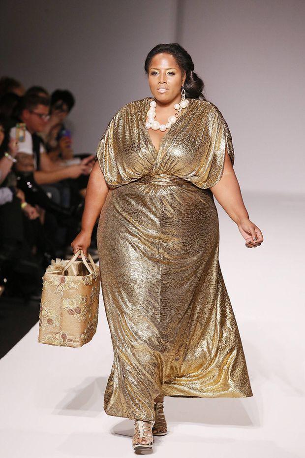 Style Fashion Week Plus Size Auf Dem Catwalk In La