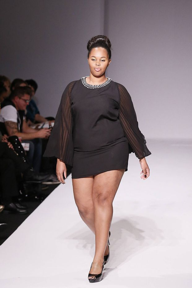 Style Fashion Week Plus Size Auf Dem Catwalk In La