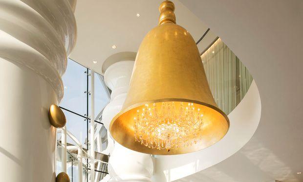 Doha. Im Hotel baumeln auch Luster von Preciosa im Konzept von Marcel Wanders.