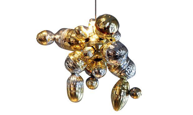 """Pokale. Patrick Rampelotto nutzte den Glanz für seine """"Plantasia""""-Objekte."""