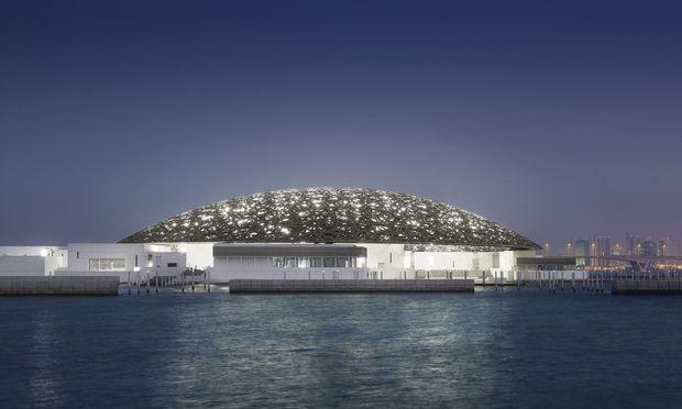LOUVRE ABU DHABI: SPEKTAKULAeRE KUPPELKONSTRUKTION VON WAAGNER-BIRO
