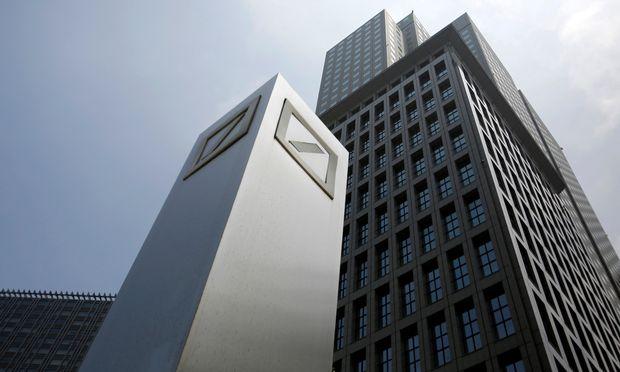 Insider - Deutsche-Bank-Aktionär HNA warnt Gläubiger