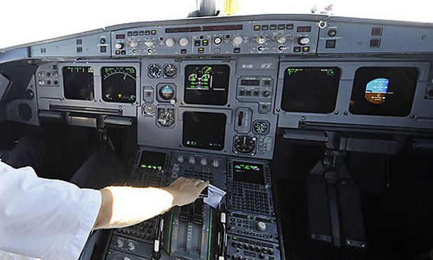 Jeder dritte Pilot schläft im Cockpit ein « DiePresse.com