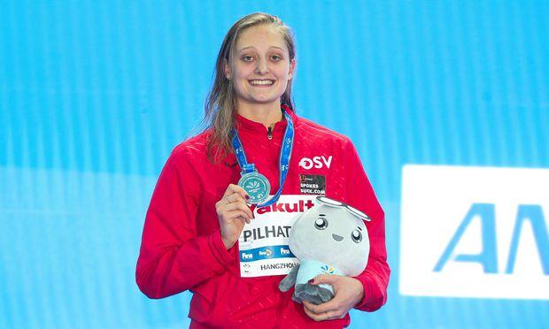 Caroline Pilhatsch: Vizeweltmeisterin über 50-m-Rücken.  / Bild: (c) GEPA pictures