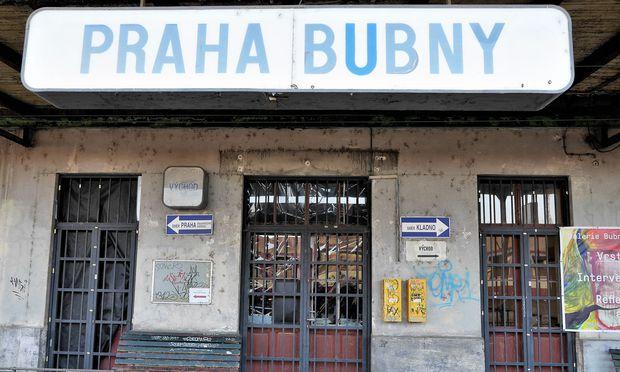 Bahnhof Prag Bubny: ein Objekt der Geschichte Tschechiens, das jüngst in den Fokus der Literatur des Landes rückte.
