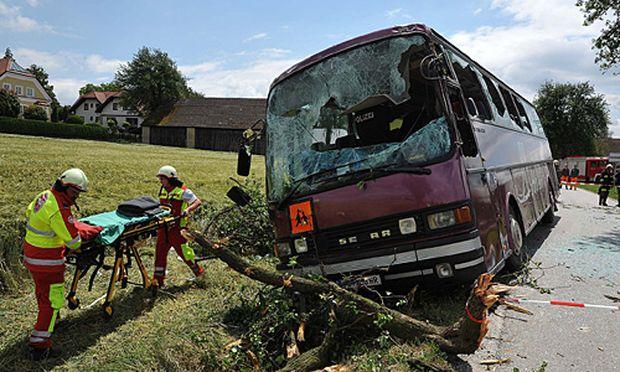 Unfall mit einem Schulbus in der Gemeinde Pyhra
