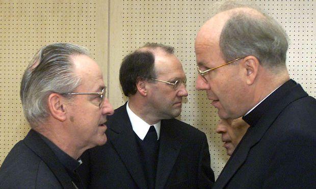 Kothgasser (li.) berichtete Schönborn über Vorwürfe gegen Schwarz (Mitte; Foto von der Herbsttagung der Bischöfe anno 2000).