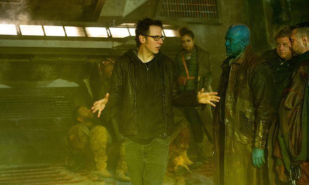 James Gunn am Set von ''Guardians of the Galaxy Vol. 2''