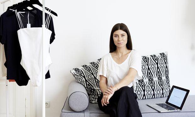 Bloggerin und Modedesignerin Vicky Heiler in ihrem Büro in der Mariahilfer Straße in Wien.