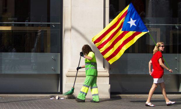 Katalanisches Parlament billigte Gesetz für Unabhängigkeitsreferendum