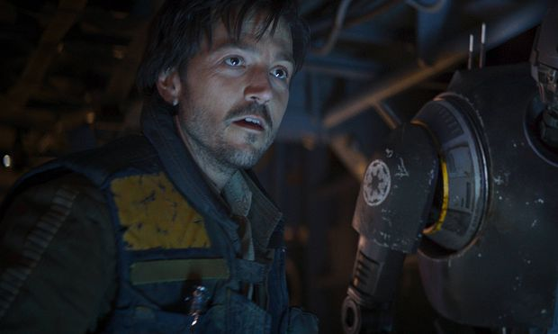 L to R Cassian Andor Diego Luna and K 2SO Alan Tudyk RELEASE DATE December 16 2016 TITLE R