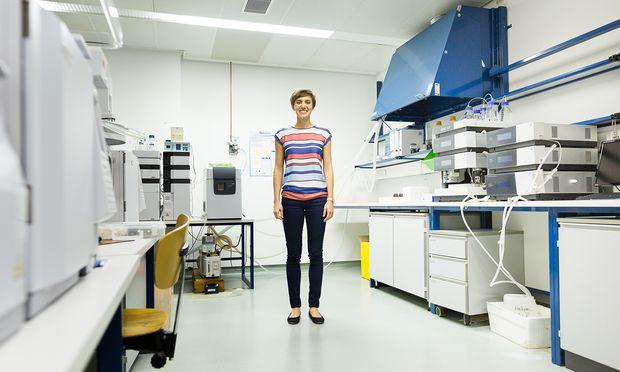 Agnes Reiner forschte auch in Singapur an Vesikeln, die wenige Nanometer klein sind, aber wichtige Funktionen im Körper übernehmen.