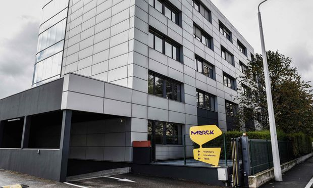 Tausende Beschwerden von Kunden bringen Merck in Frankreich unter Druck.