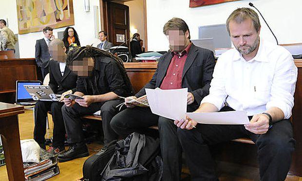 TIERSCHÜTZER-PROZESS IN WIENER NEUSTADT