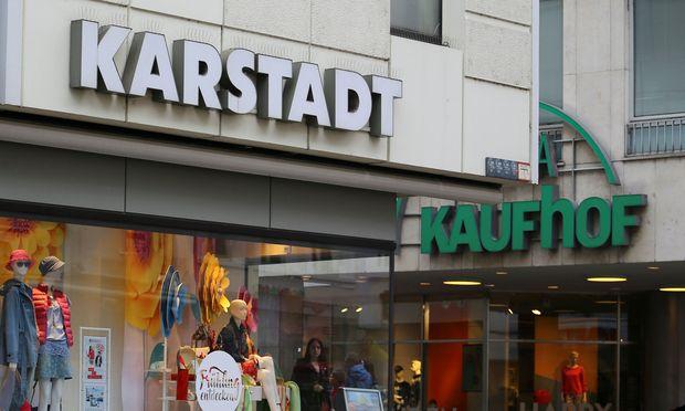 Die Erzrivalen Kaufhof udn Karstadt schließen sich zusammen