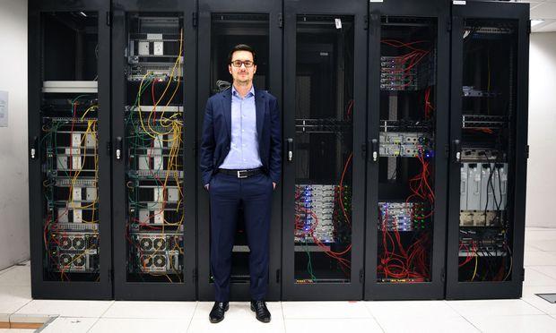 Windbichlers Rechenzentrum schluckt so viel Strom, wie der 5. und 6. Bezirk in Wien benötigen.