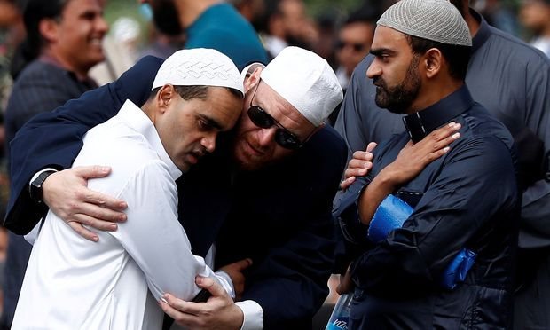 Ein Archivbild von den Momenten nach dem Anschlag in Christchurch am 15. März.