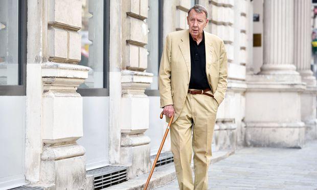 Der öffentliche Intellektuelle bewährt sich im Dissens zur Öffentlichkeit. Rudolf Burger, geboren am 8. Dezember 1938 in Wien.