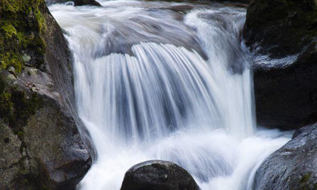 Wasserfall Lindert Stress Stärkt Abwehrkraft Diepressecom